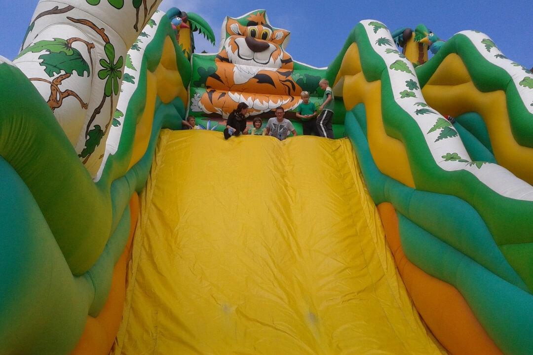 Zelt und Mehr - Luftrutschen